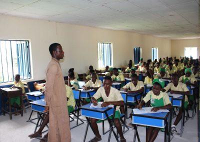 Classroom-Desks Felele